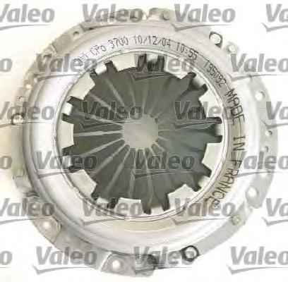 Сцепление VALEO 826573 (D200) 26z MMC Carisma 1.6 99-