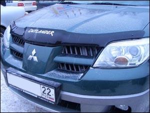 Дефлектор капота темный MITSUBISHI OUTLANDER (Logo) 2000-2007,