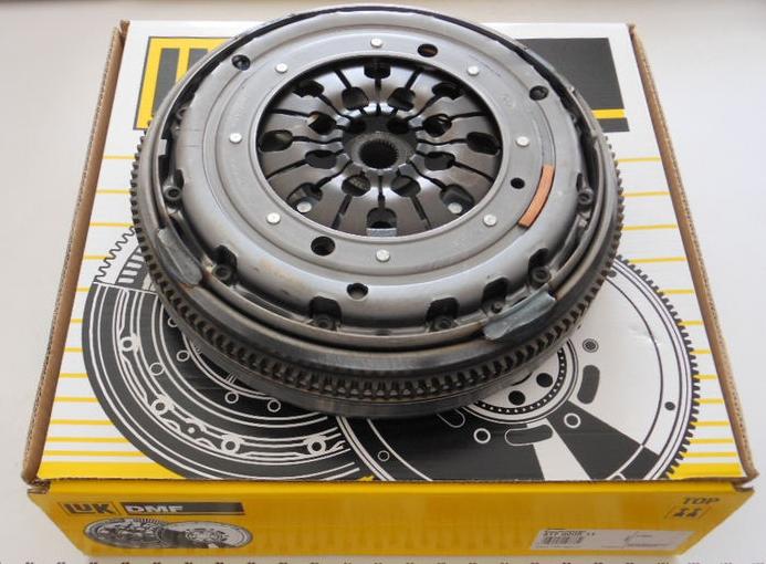 Сцепление LUK 417000811 двухмассовый маховик+диск+корзина VW T4 2.5TD ACV/AYY/AYC
