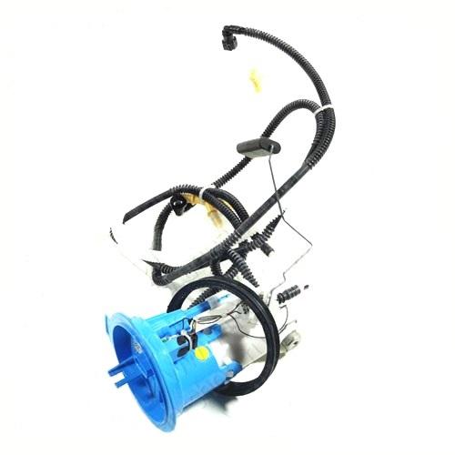 Фильтр топливный с фланцем + прокладка 8e0919133g tiguan 08>>
