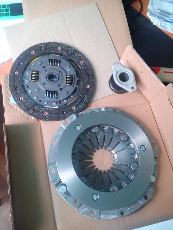 Сцепление LUK 619303900 (D190 18z) FABIA 1,4 8кл + выжимной