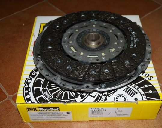 Сцепление без выжимного VW TRANSPORTER V 2,5TDI (96кВт) 624315609