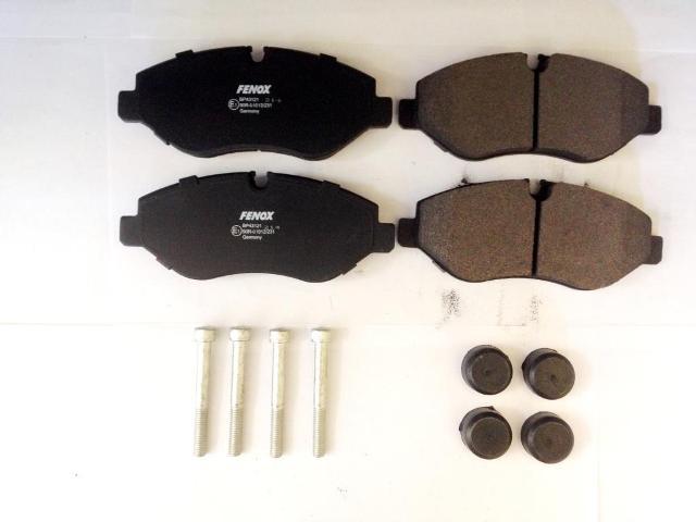 BP43121 Колодки тормозные MERCEDES SPRINTER 95/VITO 03/VOLKSWAGEN CRAFTER 06 передние