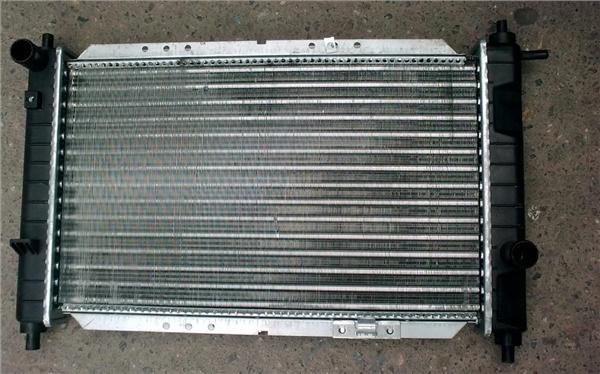 96322942 Радиатор охл. двигателя