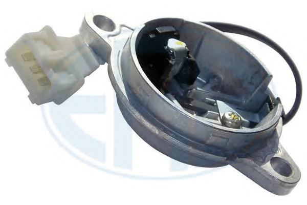 550135 550135_датчик полож.р/вала Renault Laguna/Safrane/Volvo 850/960/C70/S70/90/V70/90