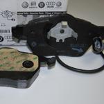 8E0698151K Колодки тормозные дисковые передние / AUDI A-4, 6 03 ~