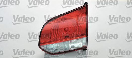 043880 Фонарь задний внутр лев VW: GOLF VI (5K1) 1.2 TSI/1.4/1.4 TSI/1.6/1.6 BIFUEL/2.0 TDI 08-