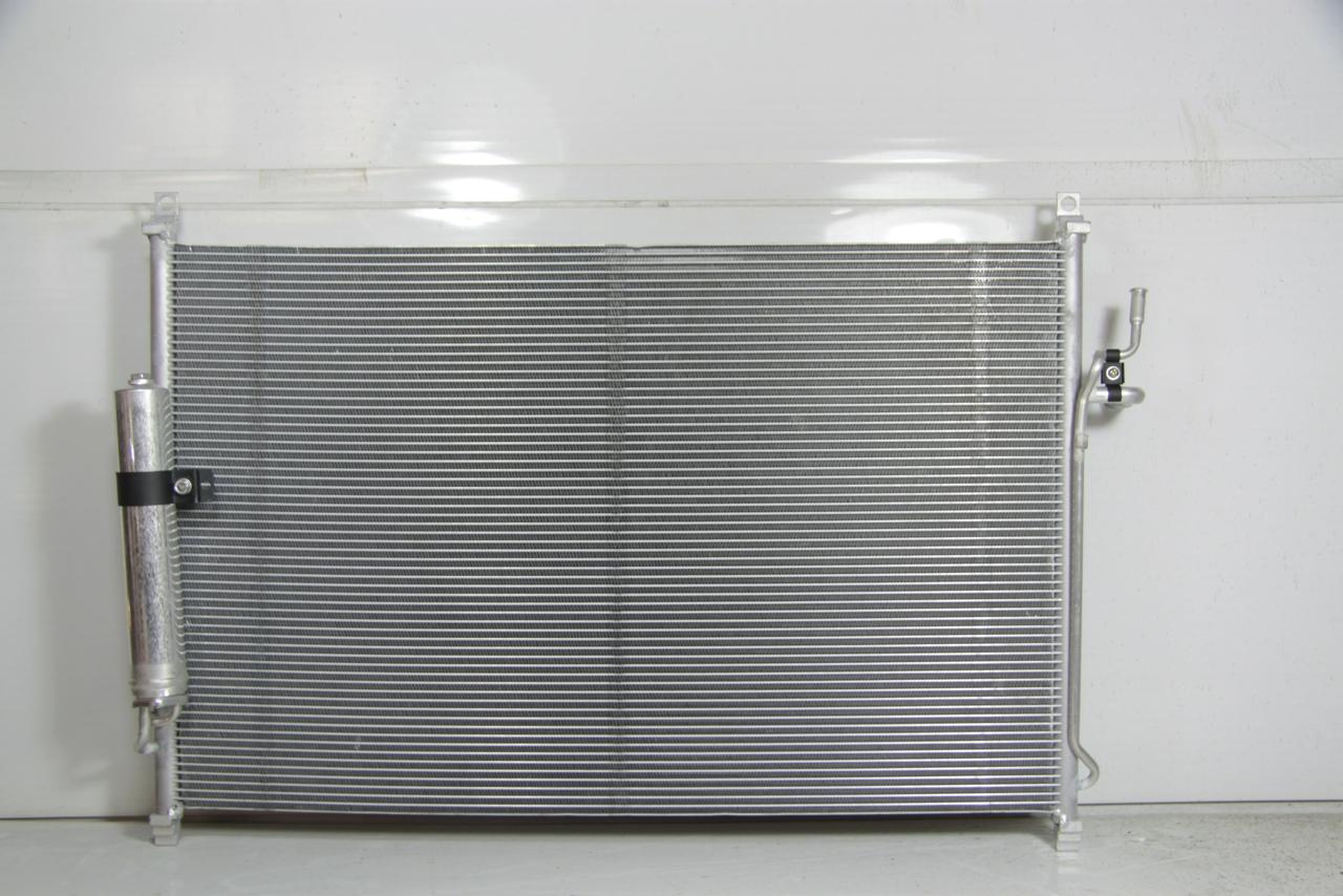 1040014c Радиатор  кондиционера