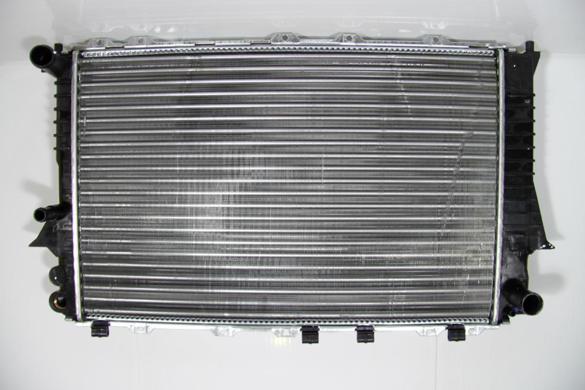 530458a Радиатор охлаждения