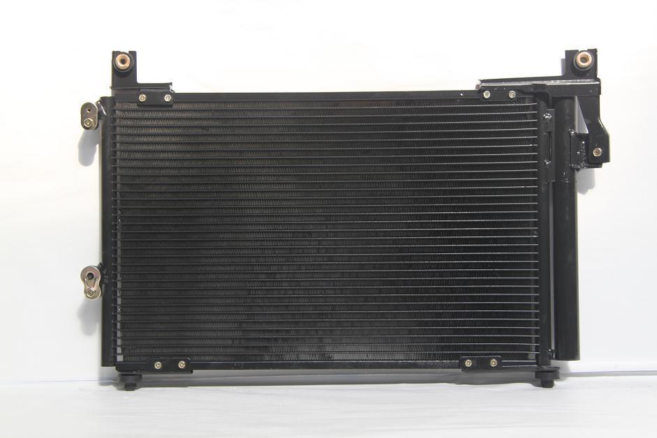 1040143l Радиатор  кондиционера