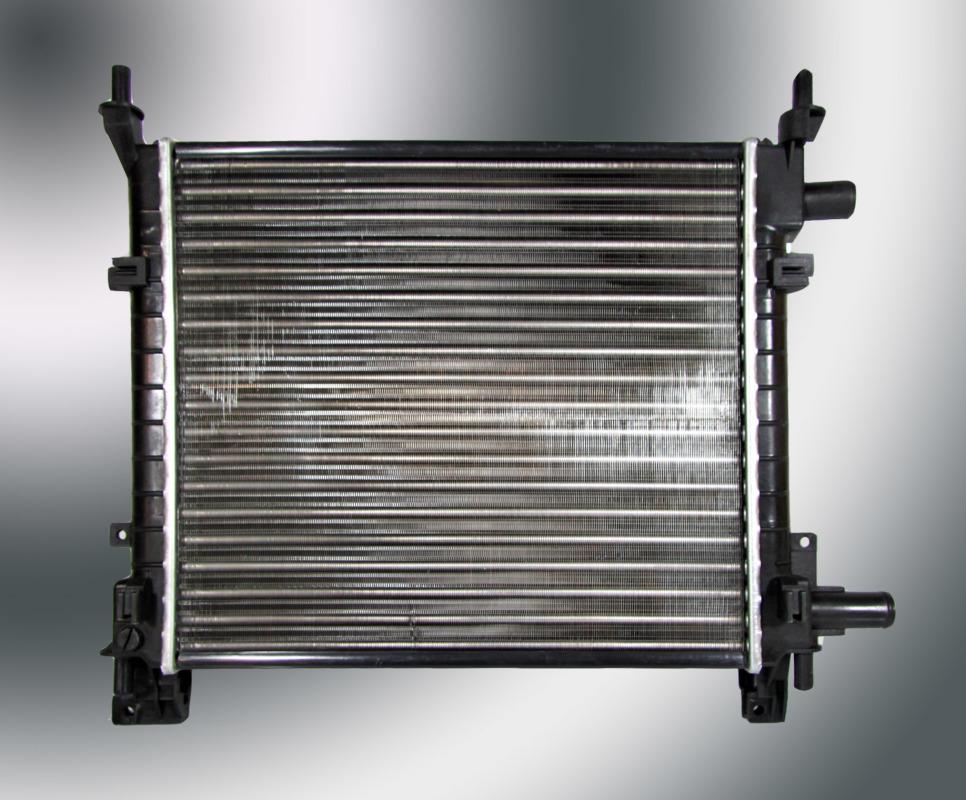 562083p Радиатор охлаждения