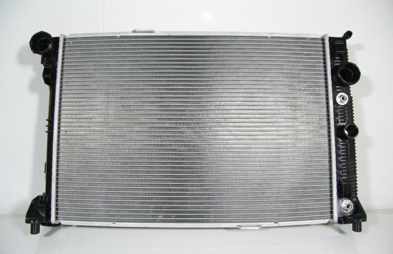 517162J Радиатор MERCEDES W 204/212 +kl A 2,5-3,2d