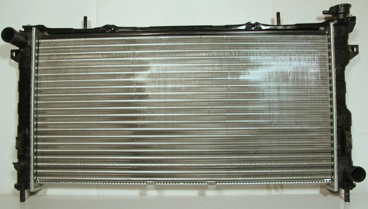 310005A Радиатор DODGE CARAVAN 3,3 A 01-04