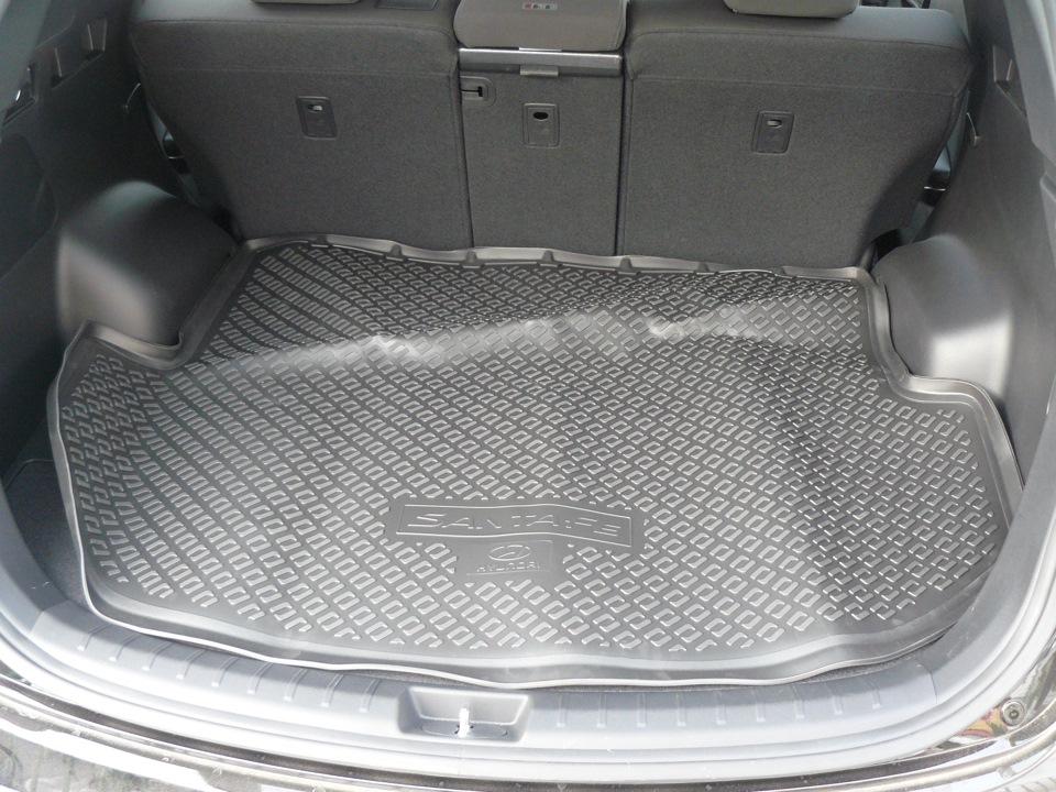 R85702W002 Коврик багажника САНТА-ФЕ 2012