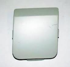 1364132 Заглушка переднего бампера, под буксировочный крюк-под покраску / FORD Fusion