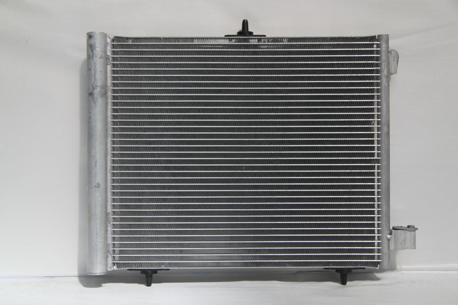 104595c Радиатор  кондиционера