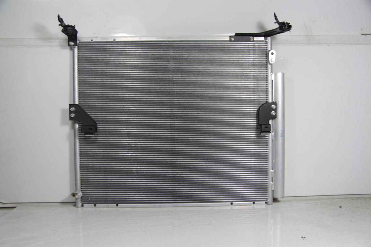 1046825c Радиатор  кондиционера