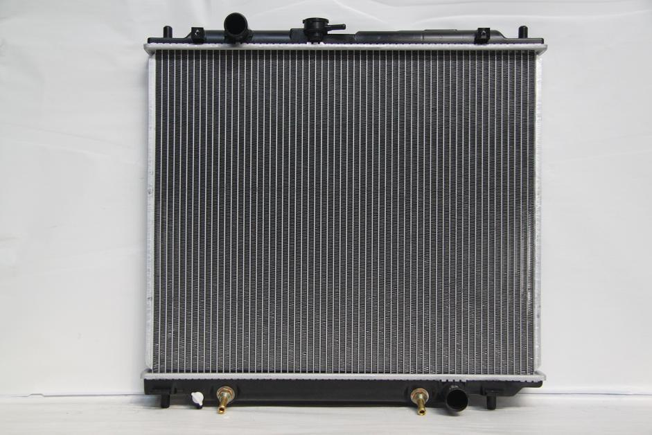 242802K Радиатор MITSUBISHI PAJERO  (90-) 2.8 TD