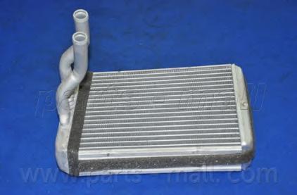 PXNHA004 Радиатор отопителя HYUNDAI H1/STAREX 2.4/2.5TD 97-