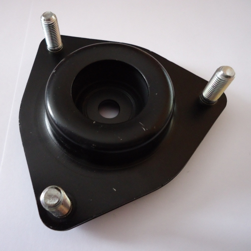 MN101372 Опора амортизатора