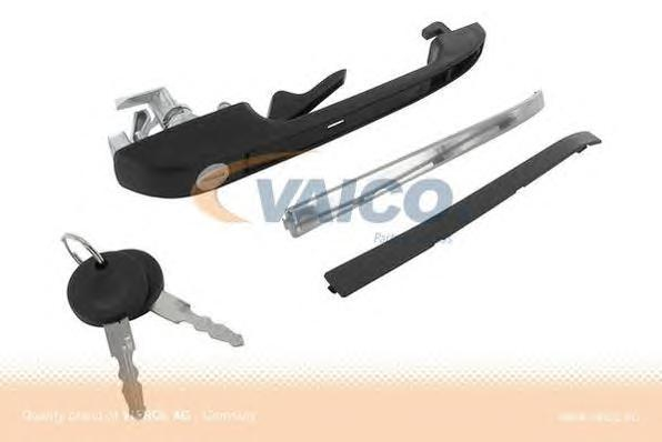 V106145 Ручка двери с ключом VW G2/JETTA2/PASSAT/POLO прав.