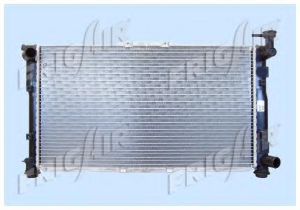 01333010 Радиатор, охлаждение двигателя