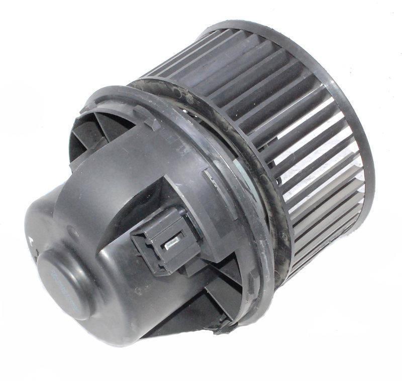 1362640 Мотор отопителя салона с крыльчаткой / FORD 03~