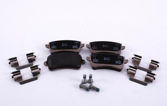 8K0698451C Колодки тормозные дисковые задние / AUDI Q5 09~