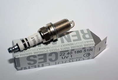224018651R Свеча зажигания K4M K4J E7J F4R К7J 1 элек(10)