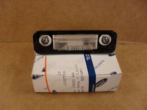 1332916 Фонарь освещения номерного знака / FORD Fiesta,Fusion 2005~ ;Mondeo-II 96~