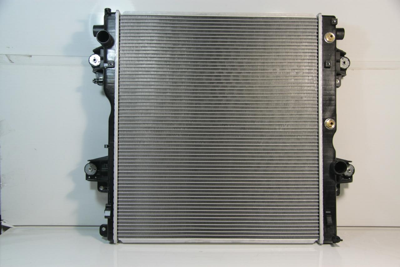 2946824j Радиатор охлаждения