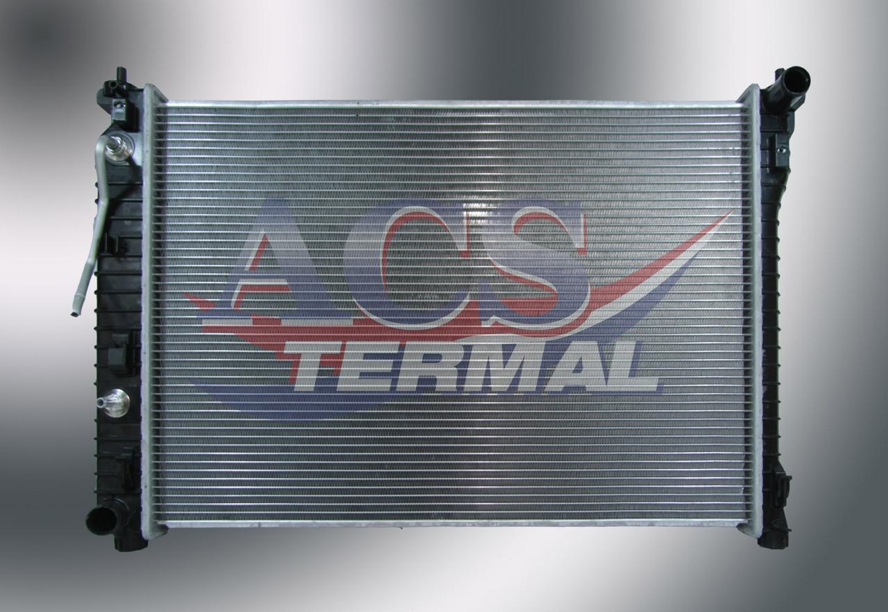 353120HA Радиатор OPEL ANTARA, CHEVROLET CAPTIVA (06-)  2.4 i, 3.2 i V6 +/- A/M