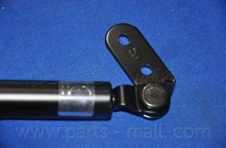 PQB215 Амортизатор задней двери KIA SPORTAGE 94-98 прав.