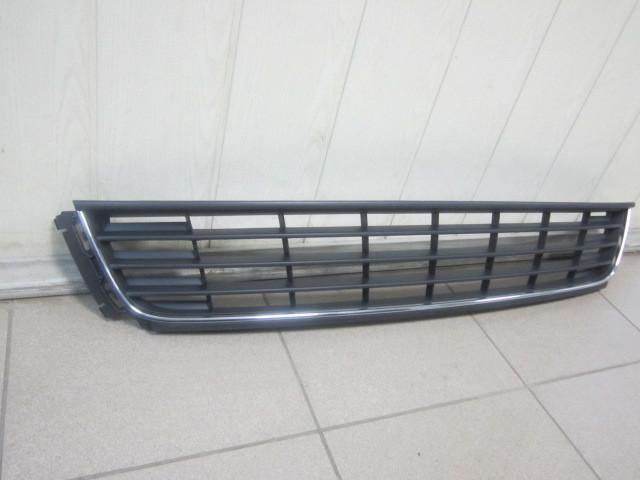 6RU8536779B9 Решетка радиатора