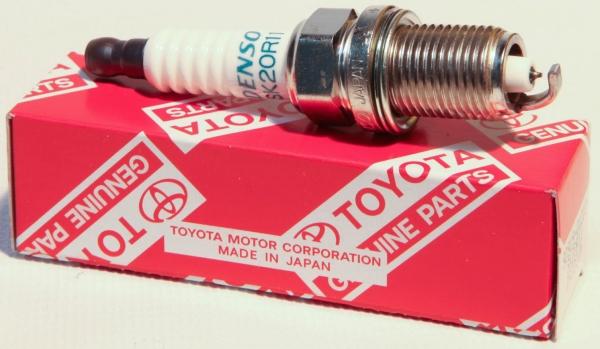 9091901210 Свеча зажигания Toyota Camry