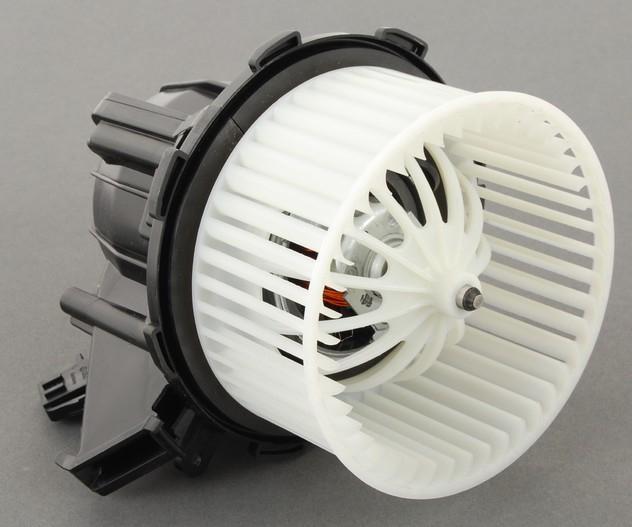 8K1820021C Мотор отопителя салона с крыльчаткой / AUDI A4, A5, Q5 09~