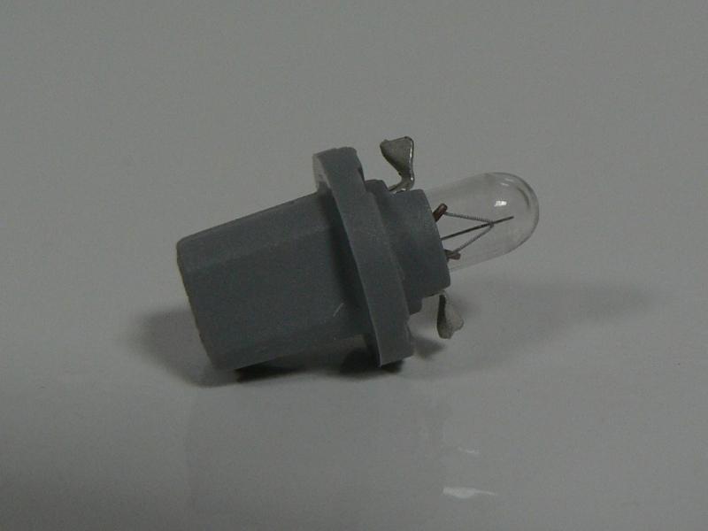 17039 Лампа накаливания для грузовых автомобилей 10шт в упаковке 24V 1.2W B8.5D GREY