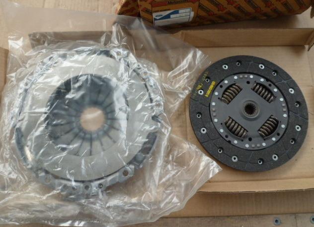 1363972 Комплект сцепления, без выжимного подшипника / FORD Focus-I 1.6 Rocam 2002~