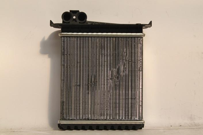 110509b Радиатор отопителя