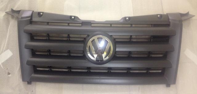 2E0853651D Решетка радиатора / VW Crafter 06~
