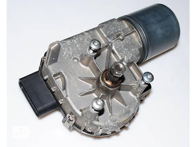 7L0955119F Мотор стеклоочистителя / VW Touareg 03~
