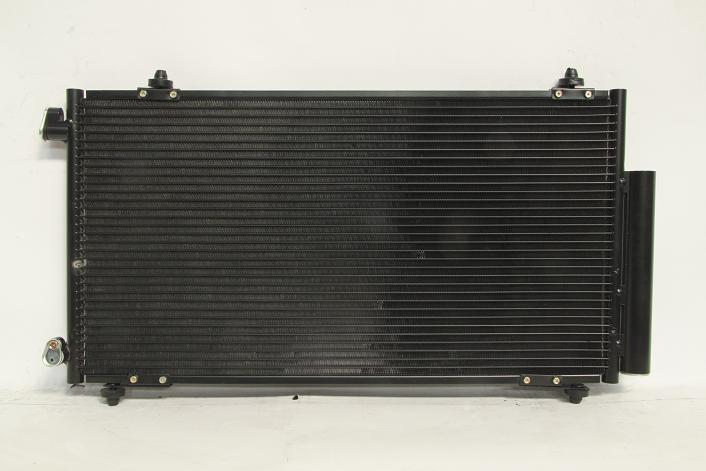 104740e Радиатор  кондиционера