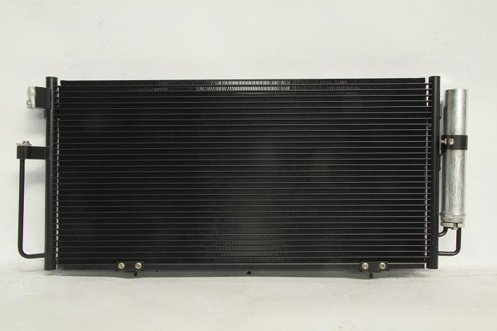 104884s Радиатор  кондиционера