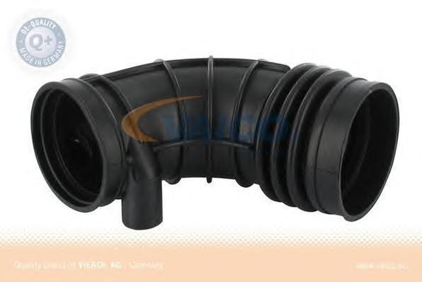 V208137 Воздуховод к расходомеру BMW 5(E34)