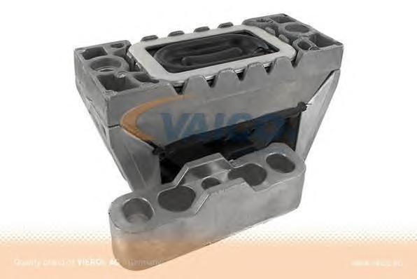 V101921 Опора двигателя R VAG Passat 03.05-