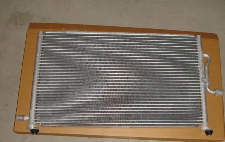 96569392 Радиатор кондиционера CHEVROLET Spark (98-08) DAEWOO