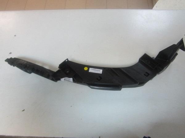 6RU805071A Крепление фары