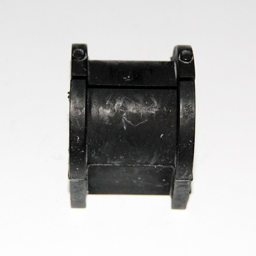 MN101395 Втулка стабилизатора зад ЛАНСЕР X