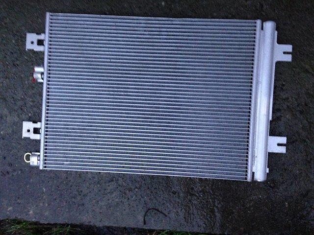 2765000Q1C Радиатор конд. G15RA  D10