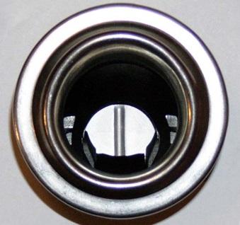 заливная горловина топливного бака ford